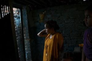 Meena, un'ex manual scavenger di Nand Nagri che oggi conduce un risciò- taxi. New Delhi.
