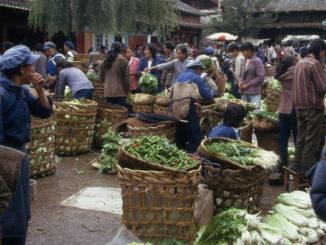 Cina, mercato (Paolo Moiola)