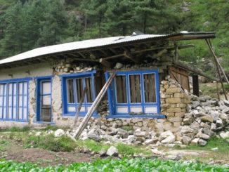 casa semidistrutta 16x9