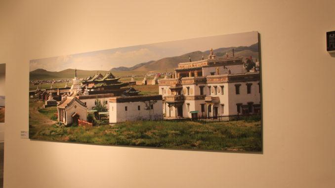 Inaugurazione al Mao di Torino della mostra fotografica sugli scaviu archeologici a Kharkhoin alla presenza di Giorgio Marengo, imc, e il sindaco di Kharkhorin, Enkhbat Lamzav. Per la delegazione mongola erano presenti l'Ambasciatore della Repubblica di Mongolia a Roma, dott. Tserendorj Jambaldorj, il direttore del Museo di Erdene Zuu, Naigal Tumurbaatar e la direttrice del Museo di Kharkhorin, Narangerel Giina